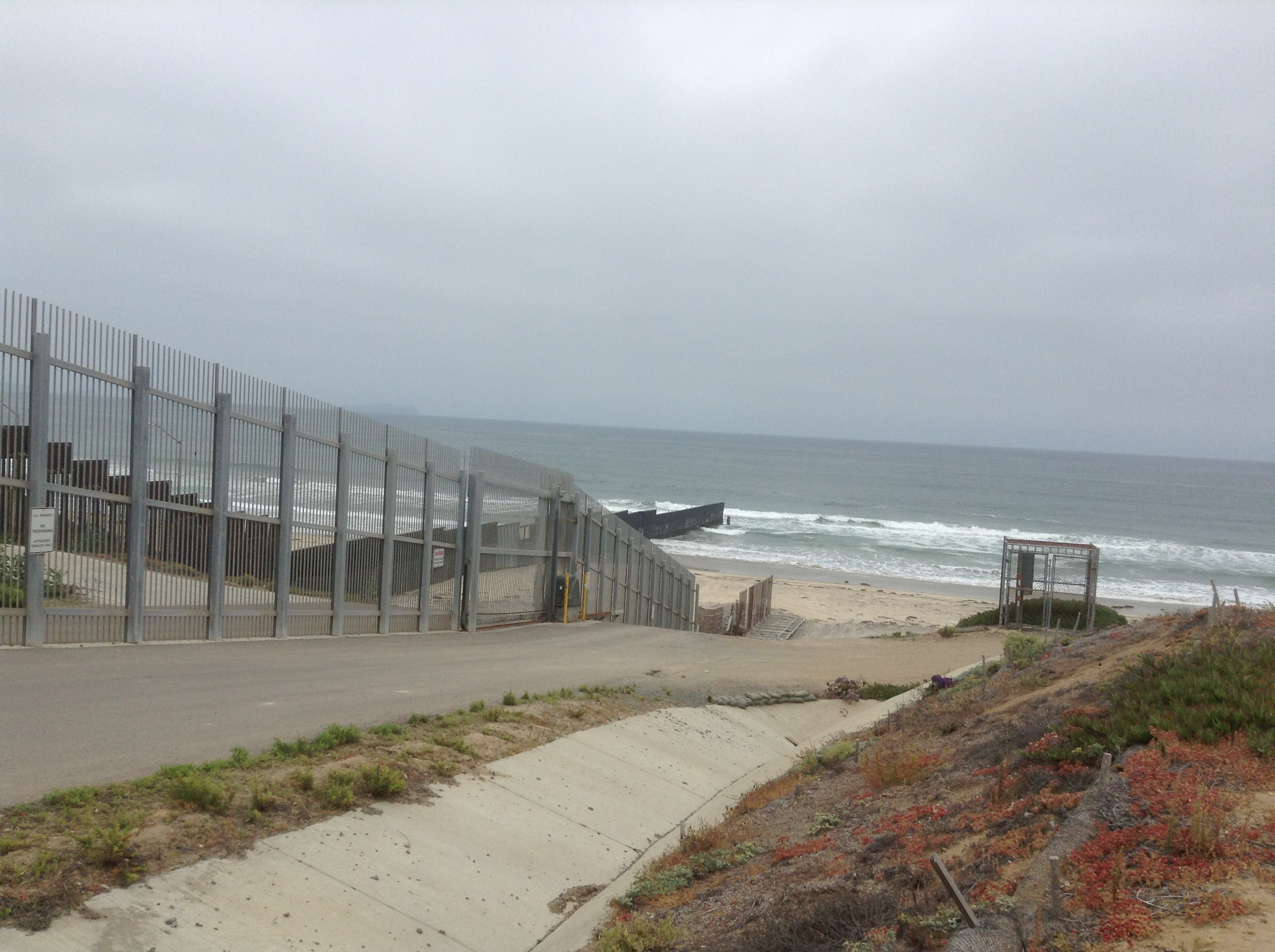 fences fear and friendship park